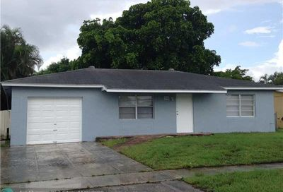 7808 SW 7th Ct North Lauderdale FL 33068
