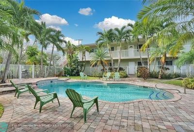 1430 Holly Heights Dr Fort Lauderdale FL 33304