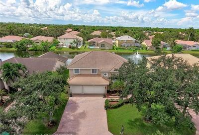 10282 NW 54th Pl Coral Springs FL 33076