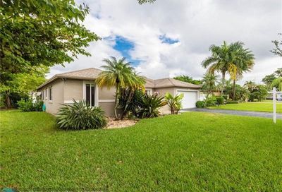 10841 NW 20th Dr Coral Springs FL 33071