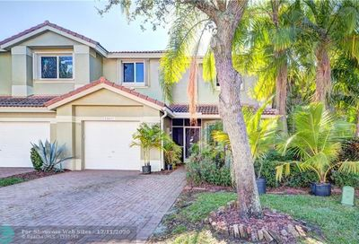 12672 NW 56th Dr Coral Springs FL 33076