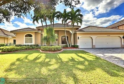 11268 NW 49th St Coral Springs FL 33076