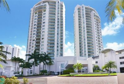 19400 Turnberry Way Aventura FL 33180