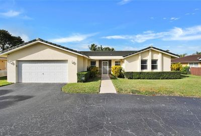 282 NW 90th Ave Coral Springs FL 33071