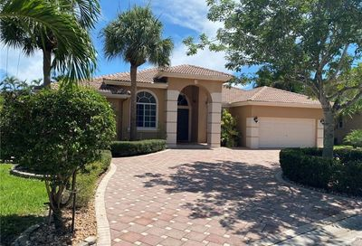 531 NW 118th Way Coral Springs FL 33071