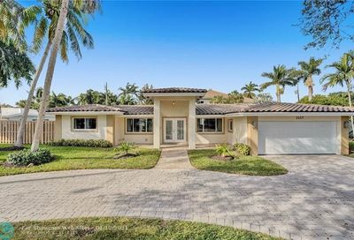 2457 Bayview Dr Fort Lauderdale FL 33305