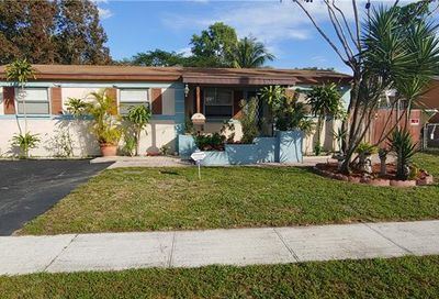 580 SW 50th Ter Margate FL 33068