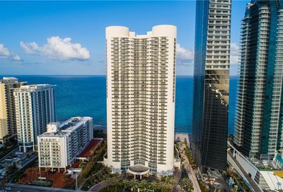 17201 Collins Ave Sunny Isles Beach FL 33160