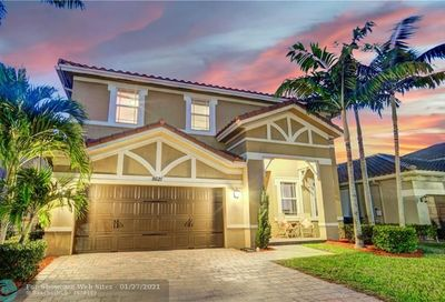 8621 Waterside Ct Parkland FL 33076