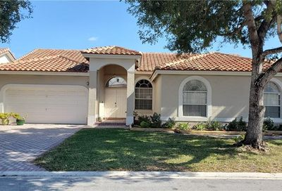 5335 NW 57th Way Coral Springs FL 33067