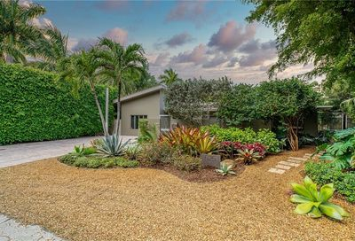 525 NE 25th Street Wilton Manors FL 33305