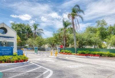 3449 NW 44th St Oakland Park FL 33309