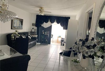 2800 NW 47th Ter Lauderdale Lakes FL 33313