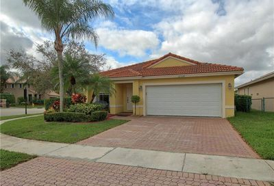 12334 NW 56th Ct Coral Springs FL 33076