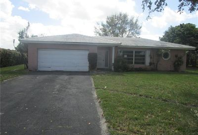 10360 NW 40th Pl Coral Springs FL 33065
