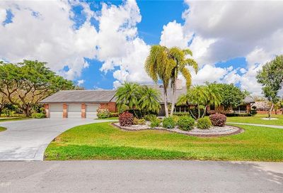 4360 NW 101st Dr Coral Springs FL 33065
