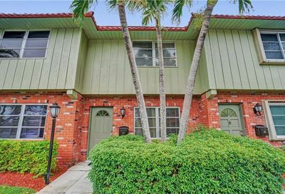 63 NE 20th Ct Wilton Manors FL 33305