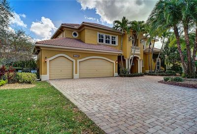 6676 NW 127th Terrace Parkland FL 33076
