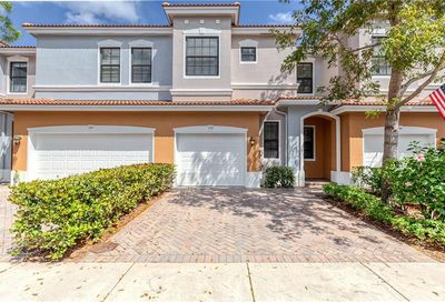 153 W Astor Cir Delray Beach FL 33484