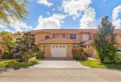 4106 Carriage Dr Pompano Beach FL 33069