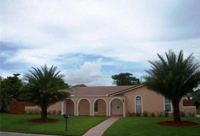 737 NW 84th Ln Coral Springs FL 33071