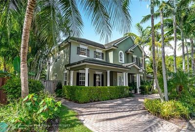 633 NE 20th St Wilton Manors FL 33305