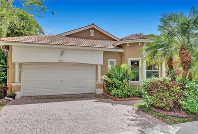 5733 NW 121st Ter Coral Springs FL 33076