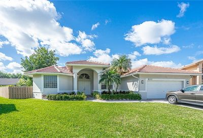 4111 NW 66th Ter Coral Springs FL 33067