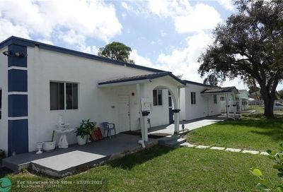 526 NW 15th Way Fort Lauderdale FL 33311