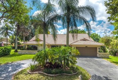 11266 NW 20th Dr Coral Springs FL 33071