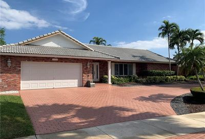 2378 Deer Creek Lob Lolly Lane Deerfield Beach FL 33442