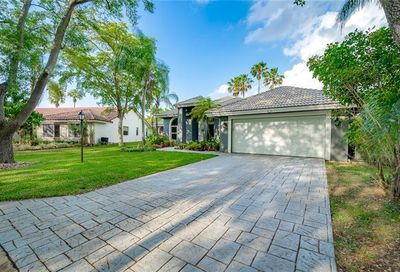 5251 NW 90th Ter Coral Springs FL 33067