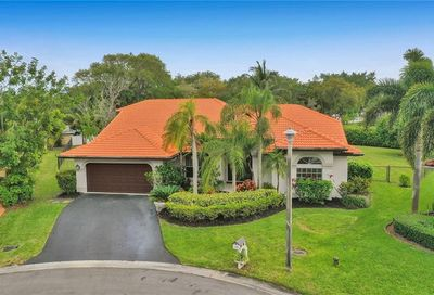 9500 NW 49th Ct Coral Springs FL 33076