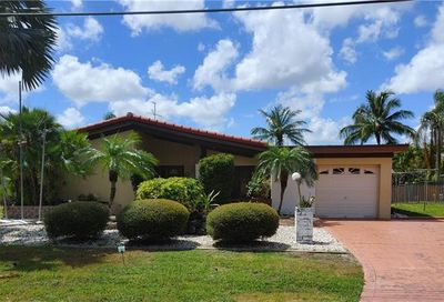 3665 NW 17th Ter Oakland Park FL 33309