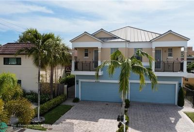 4562 Poinciana St Lauderdale By The Sea FL 33308