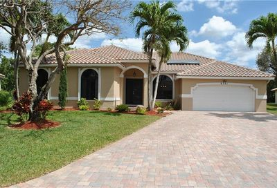 9751 NW 47th Dr Coral Springs FL 33076