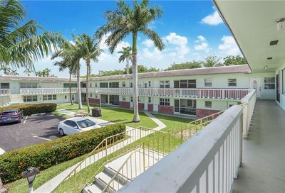 1401 N 12th Ct Hollywood FL 33019