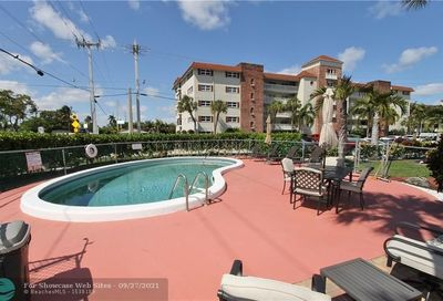5050 Bayview Dr Fort Lauderdale FL 33308