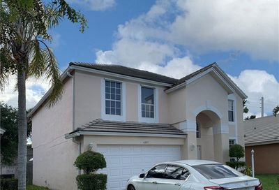 4375 Leicester Ct West Palm Beach FL 33409
