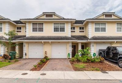 3048 NW 29th Ter Oakland Park FL 33311