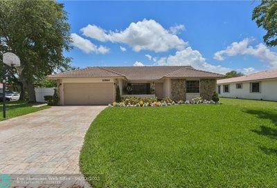 10590 NW 6th Ct Coral Springs FL 33071
