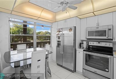 2801 Victoria Way Coconut Creek FL 33066