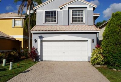 153 NW 97th Ter Coral Springs FL 33071