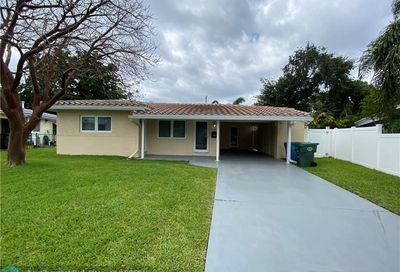 800 NE 48th St Oakland Park FL 33334