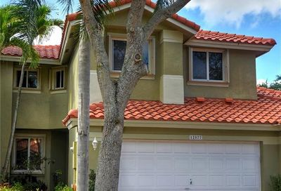 12577 NW 57th Pl Coral Springs FL 33076