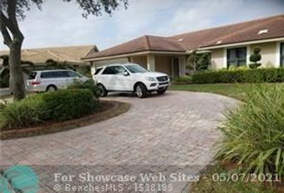 8885 NW 57th Ct Coral Springs FL 33067