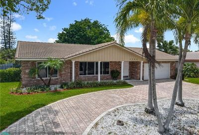 1762 NW 82nd Ave Coral Springs FL 33071
