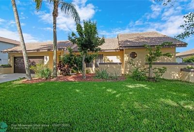 5385 NW 60th Dr Coral Springs FL 33067