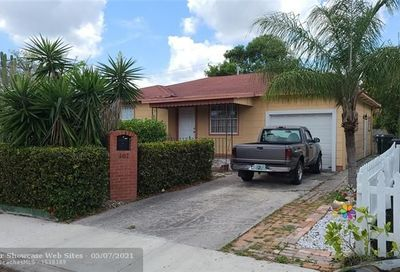 407 S E St Lake Worth FL 33460