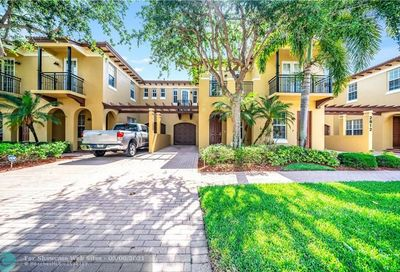 2812 Eagle Rock Cir West Palm Beach FL 33411